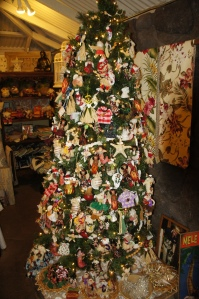 Hawaiian Christmas Tree in Makawao Town
