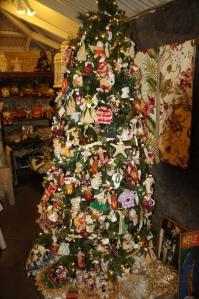 Hawaiian Christmas Tree in Makawao Town